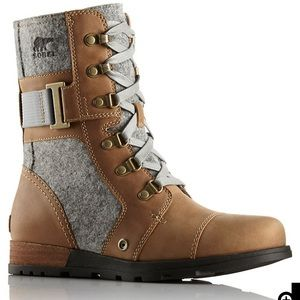 NWOT Sorel Women's Major Carly Boot